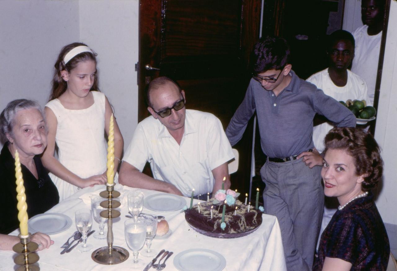 1966, Dundo