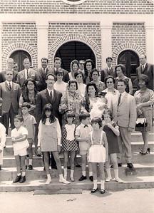 Batizado do Carlitos 18-02-1968  Familias: Ressureicao,  Dores, Carreira, Americo Teixeira, Redondo, Patuleia, Alberto Costa Jose Manuel, Isabel Redondo e Carlos Carreira.