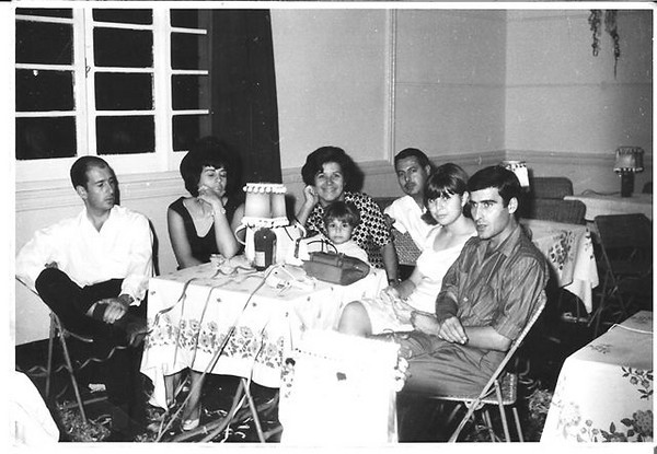 Andrada Milena Larangeira e marido Julio Sousa, Casal Josefa e filha Ne' e marido Antonio