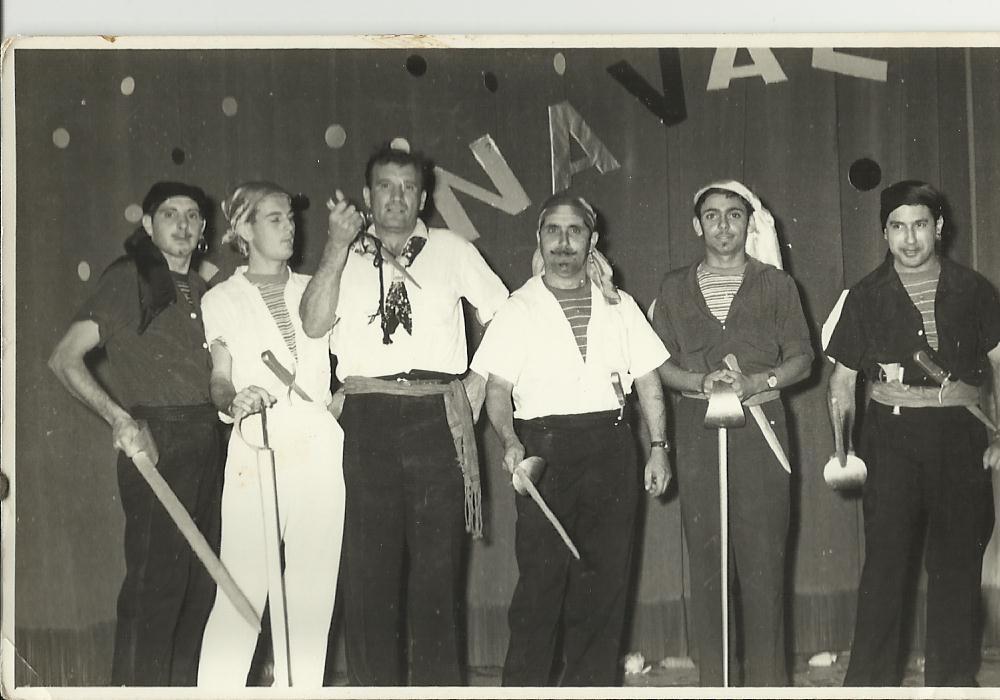 Dundo Carnaval 1956 Azevedo, Fernando Pontão, Calisto, Aires Marques, ? e Silva Neves