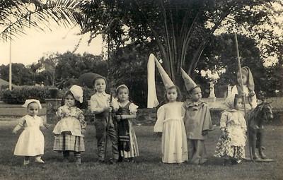 Dundo. Eduarda Olímpio; Ana Maria Sobral; Johnny Rêgo; Guida Rêgo; Tininha; Toni Dinis; Jorge (Vitor) Santos.