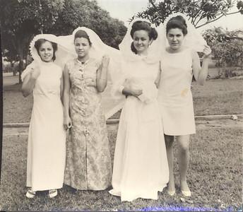 """Casamento da Nela """"Sebastiao"""" Vaz  Lena Vaz, Bety Gaspar, Nela Vaz e Milu' Videira"""