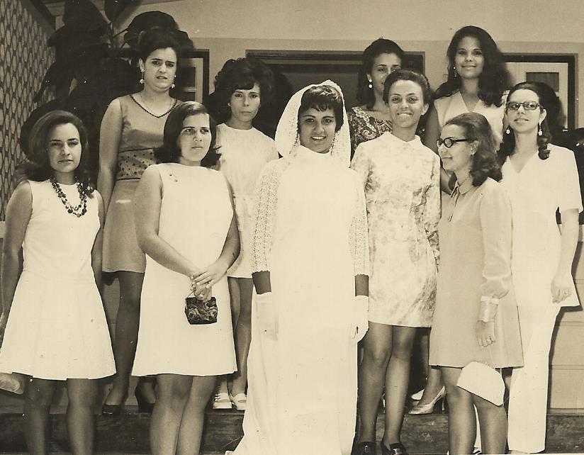 Casamento, Mile Faria Janeca Mendonca, Carmencita, Luísa Aragao  ...? , Mile' Faria ( noiva), Nucha Barata,  Isabel Medeiros, Bina Alfredo Pereira, Lisa Teixeira,  ...?