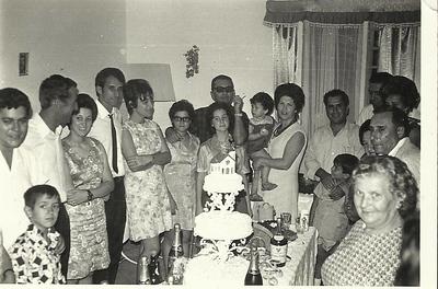 Baptizado? Caldas, Ana Maria Valdemiro e o marido, familia Patuleia, Ressurreição, Maria Amélia Ressurreição, D.LourdesLeal e srLeal,