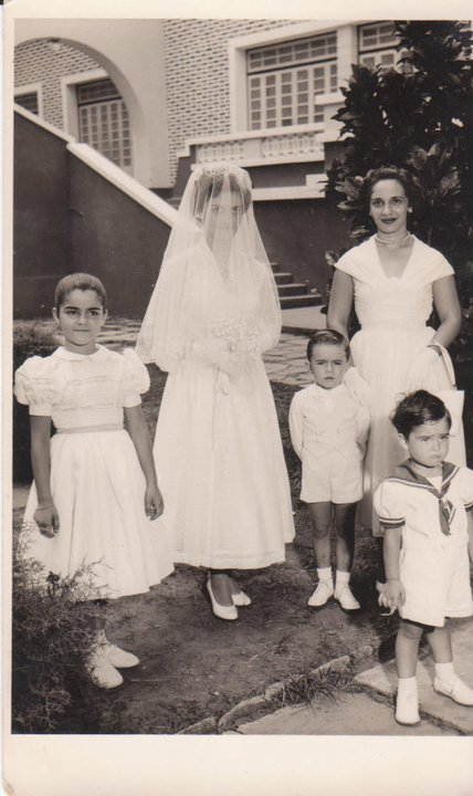 "Dundo. LAURA BALBINO E GRADIL  Teresa Fontinhas,  Laura Balbino ""Gradil"", Luis Veiga ( Zito) , Maria do Carmo (Carminha) Sacramento, Joca Fontinhas."