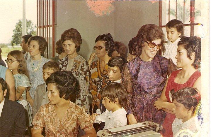 Dundo. GLÓRIA NETO E... Eng. Mário Lopes, esposa Eduarda Mário Lopes  e filhas, D. Fernanda Rebordão, Nercinia Peleja,  D. Herminia Pereira, D. Alice Fernandes, Elisa Pereira...