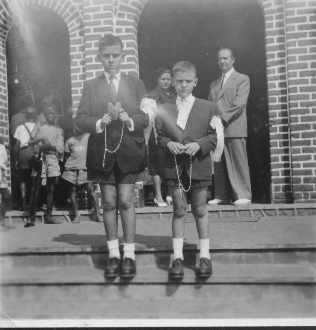 Dundo. Abel e Vasco Abel e Vasco Alves e o pai J. Alves