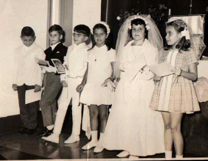 1ª Comunhão em Andrada 1966 - Xi-Zé Guerreiro, Jomé, Nelrique Patrone, Ana Maria Josefa, Loli Canhão e Paula Pascoa