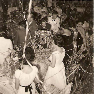 Anos 50s D. Almira Domingos Sousa, sra. de Xico Paulos, Oliveirinha
