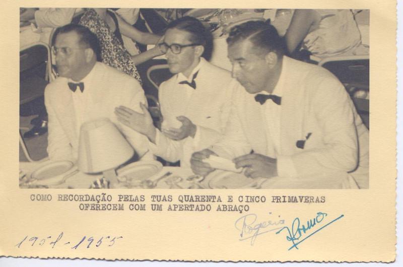 Foto tirada Fim de ano 1954-55 Dundo.1 jan 1955. Aniversario Alberto Carvalho com Rogerio Afonso e Rosendo