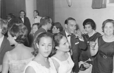 1966-67 Nucha Barata, Lena Norberto Guimarães , Janeca Mendonça, Arlindo Matos e esposa, casal Pica, Sara Sernadas