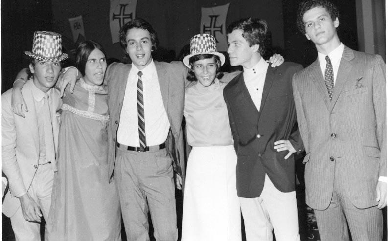 Fim do Ano 70-71 Vitor Valente, Isabel Ricardo, Rui Paulo Fernandes, Vanda Teixeira, Ze' Joao Mendonca, Victor Serraventoso