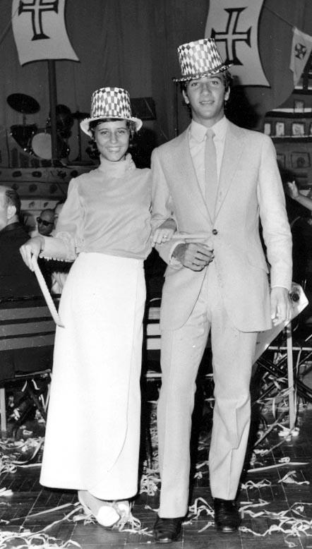 Fim do Ano 70-71 Vanda Teixeira e Vito' Valente