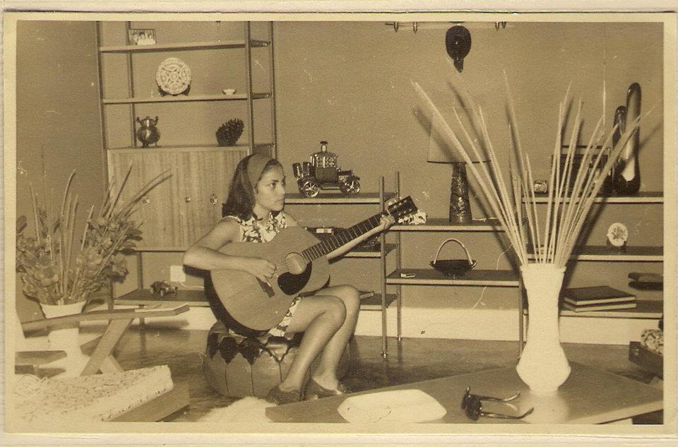 Lisa Pereira Santos tocando