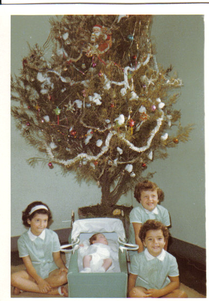 Natal 1966, Calonda Yolanda, Iracema,  Clarisse e Deborá  ( filhas do Medina)