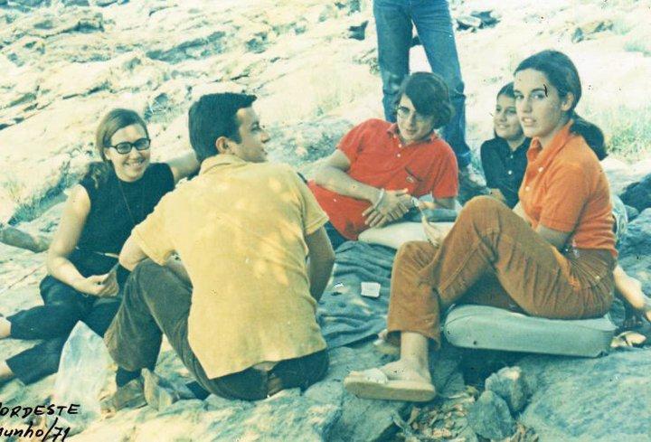 Piquenique no Nordeste - Junho 1971 - Nelrique patrone, Paula Pinho Barros, Nini Cabral, Manuel Fernando Pinho Barros e Misita Melo Abreu