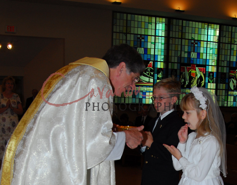 Communion 2008-AM Mass-169