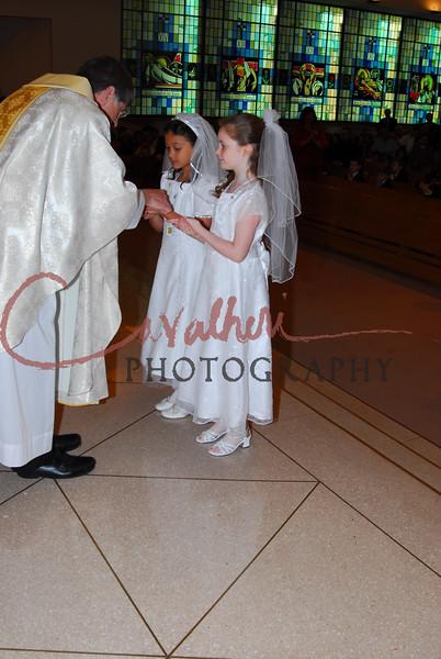 Communion 2008-AM Mass-118