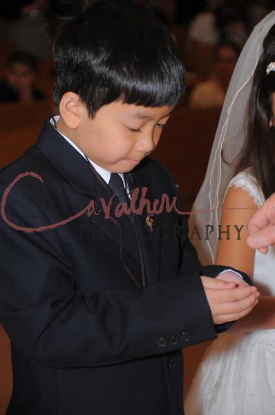 Communion 2008-AM Mass-215