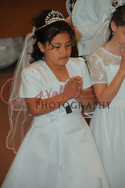 Communion 2008-AM Mass-237