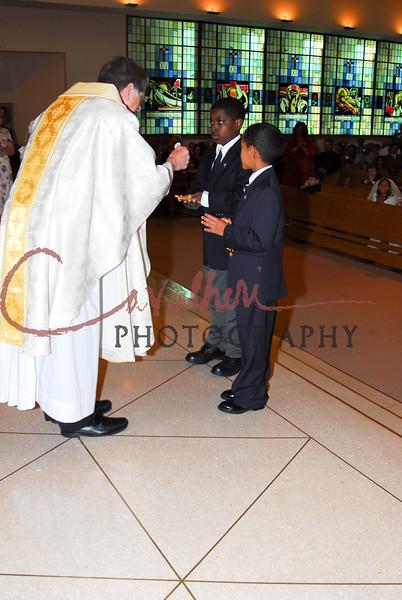 Communion 2008-AM Mass-135