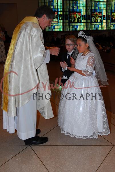 Communion 2008-AM Mass-202