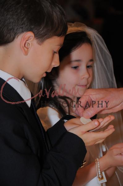 Communion 2008-AM Mass-110
