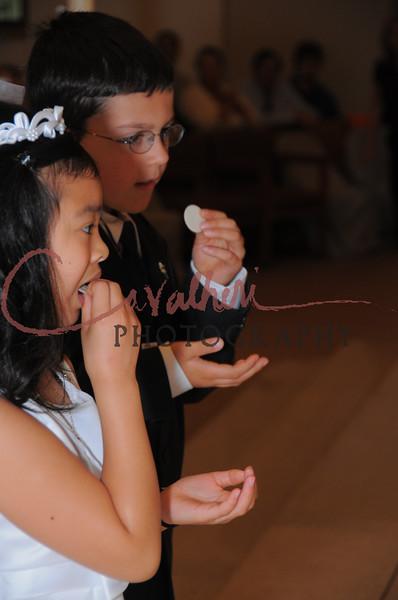 Communion 2008-AM Mass-104