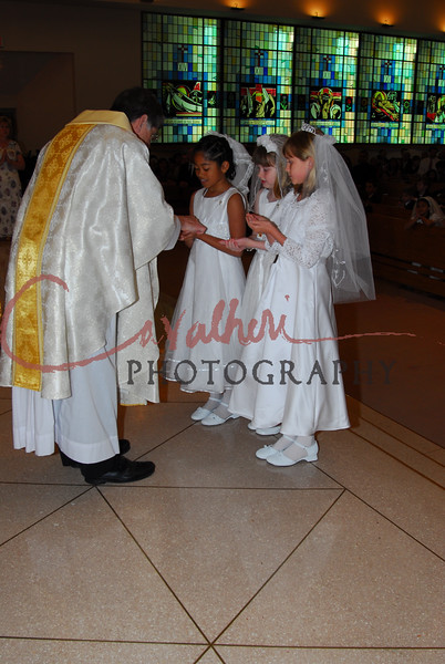 Communion 2008-AM Mass-244