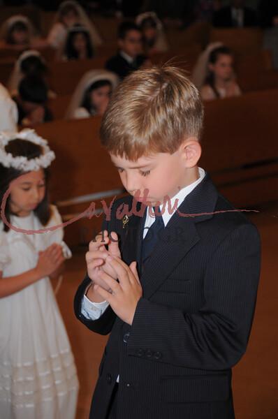 Communion 2008-AM Mass-160