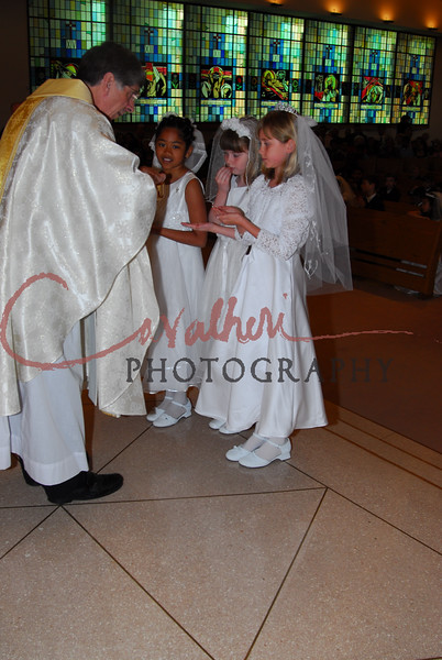 Communion 2008-AM Mass-248