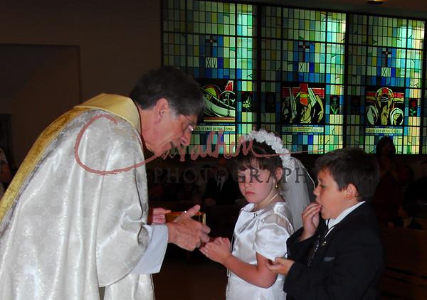Communion 2008-AM Mass-132