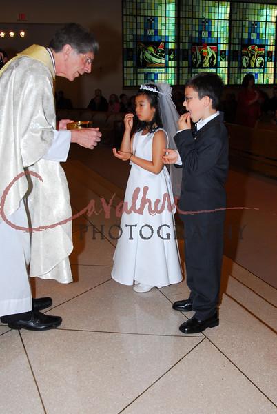 Communion 2008-AM Mass-107
