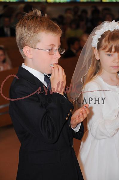 Communion 2008-AM Mass-167
