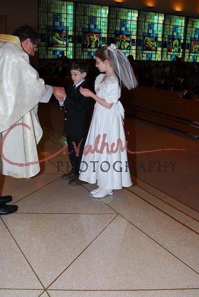 Communion 2008-AM Mass-125