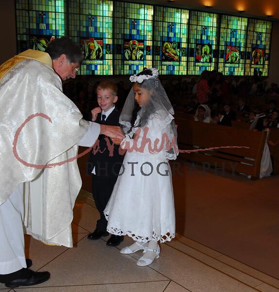 Communion 2008-AM Mass-234