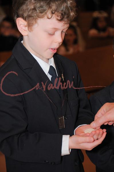 Communion 2008-AM Mass-194