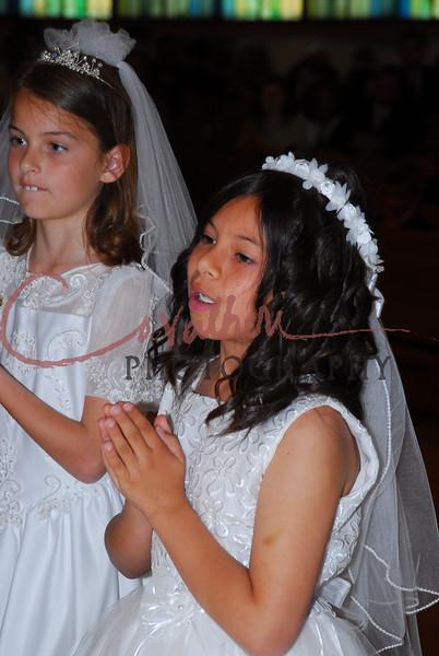 Communion 2008-PM Mass-252