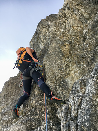 Sandra starting the lead on pitch 4 (5+, 30m).