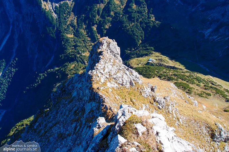 View back over the 10th pitch, Grosser Widderstein Ostgrat (complete east ridge)