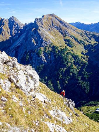 8th pitch with Geisshorn in the background, Grosser Widderstein Ostgrat (complete east ridge)