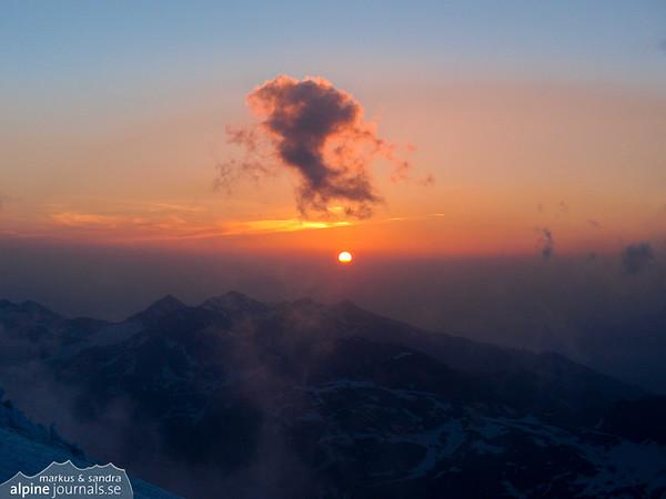 Sunrise at Königspitze