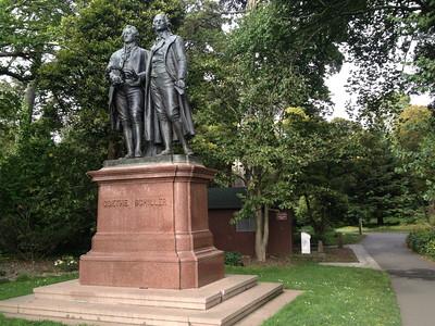 Goethe und Schiller im Park
