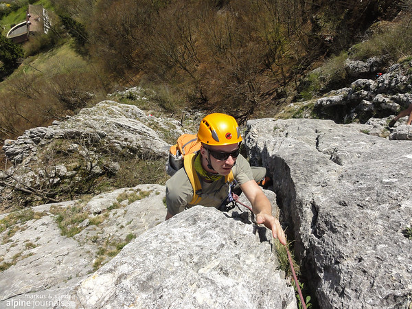 """Stuhlfels. On the last easy ground after """"Die letzte Mohikaner"""" / """"Direkter Mohikaner"""", 2 pitches, 6. Nice route!"""