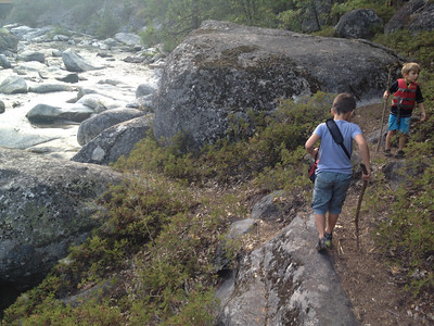 Rémy leading this dangerous hike