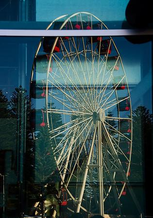 Experimental_Reflections-of-a-Ferris-Wheel_Kim-McAvoy
