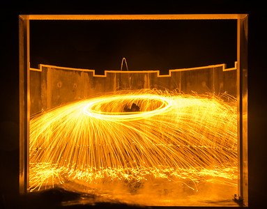 20160807 - Burning Steel Wool 011 - Kim McAvoy