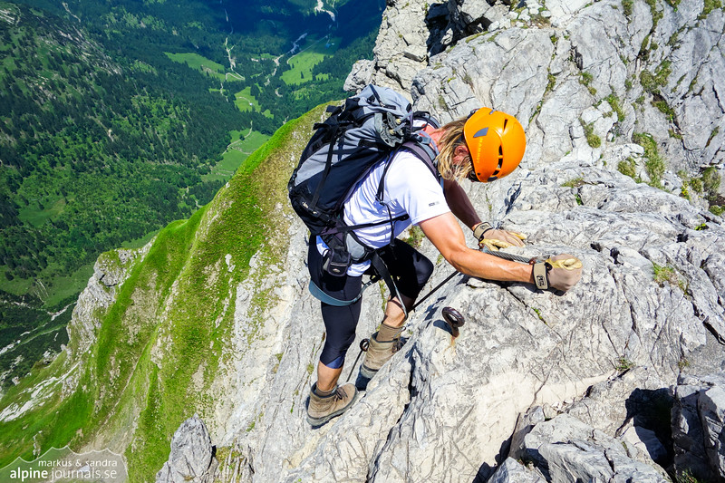 A somewhat tricky down-climb near the end of Hindelanger Klettersteig.