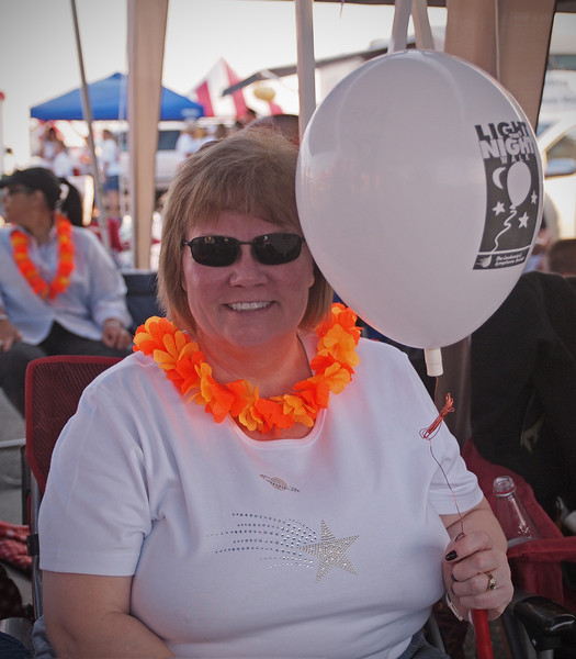 White balloons were issued to survivors at Light The Night - 17 Sept 2011