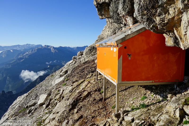 Watzmann Ostwand emergency bivouac